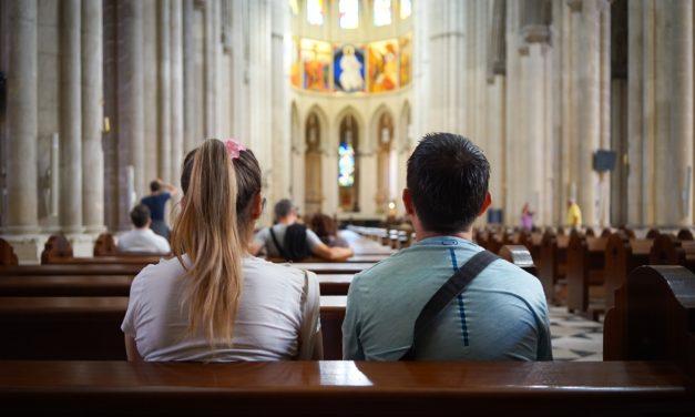 Landesregierung ermöglicht Besuche von Gottesdiensten und in Alten- und Pflegeheimen