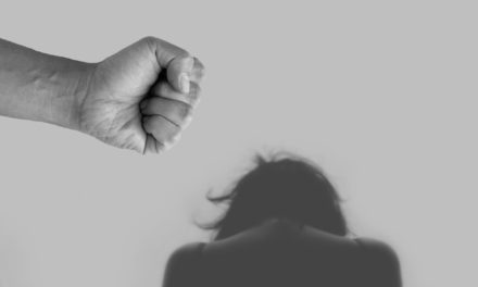 Hilfenummern für Opfer von häuslicher Gewalt