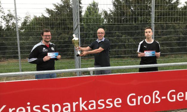 """<span class=""""entry-title-primary"""">SC Opel kürt seinen ersten E-Sport-Meister</span> <span class=""""entry-subtitle"""">Niklas Groß gewinnt das Fifa20 Online-Turnier / Ein breites Teilnehmerfeld</span>"""