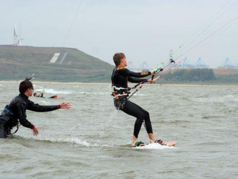 Wenige Plätze frei: Kitesurf-Camp für Jugendliche