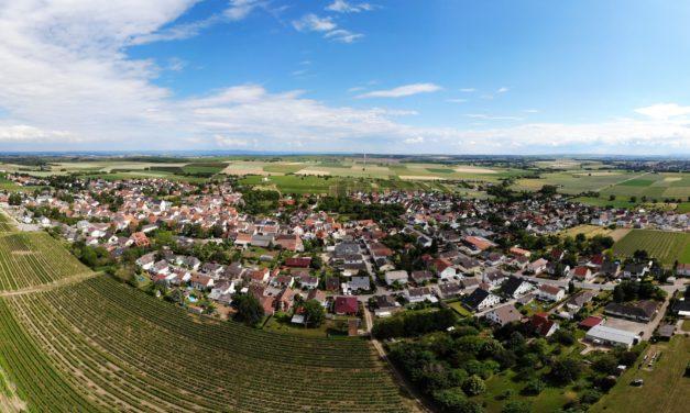 """<span class=""""entry-title-primary"""">Von Äcker-anzündenden Dampfrössern bis zur Halfpipe</span> <span class=""""entry-subtitle"""">Zwischen Rheintal und Hügelland gelegen </span>"""