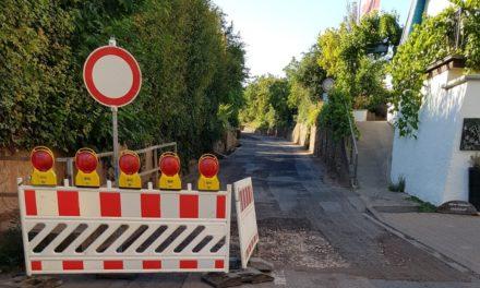 """Die Sanierungsarbeiten an der """"Kleinen Steige"""" verzögern sich unplanmäßig"""