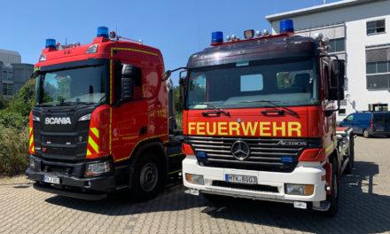 """<span class=""""entry-title-primary"""">Unterwegs für die Sicherheit</span> <span class=""""entry-subtitle"""">Kreis kauft neuen Lastwagen für den Katastrophenschutz</span>"""