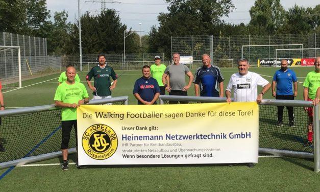 """<span class=""""entry-title-primary"""">Tor-Jubel beim Walking Football</span> <span class=""""entry-subtitle"""">Heinemann Netzwerktechnik unterstützt neuen Trendsport beim SC Opel Rüsselsheim</span>"""