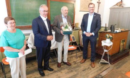 """Ein Mann und """"sein"""" Museum: Wolfgang Janecke wurde 75"""