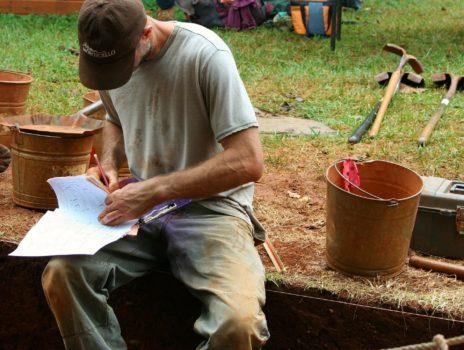 Archäologe vor Ort