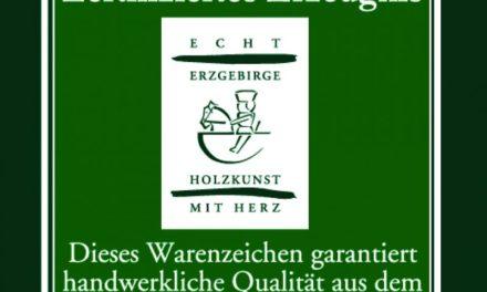 """<span class=""""entry-title-primary"""">Weihnachtsschmuck und Sammelleidenschaft</span> <span class=""""entry-subtitle"""">Handwerkskunst aus dem Erzgebirge</span>"""