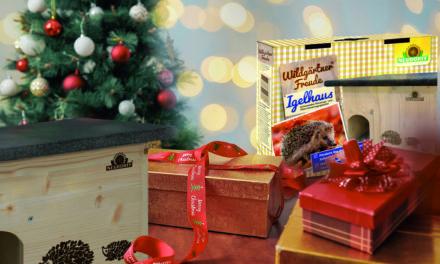 """<span class=""""entry-title-primary"""">Igelhaus unter dem Weihnachtsbaum</span> <span class=""""entry-subtitle"""">Geschenktipp für Gartenbesitzer </span>"""