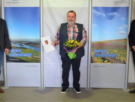 Schulhausmeister Georg Donie in den Ruhestand verabschiedet