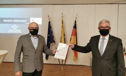 Städtebauförderung: Innenminister Lewentz übergibt Bescheid