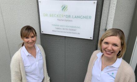 """<span class=""""entry-title-primary"""">Hautärzte ziehen 350 Meter weiter</span> <span class=""""entry-subtitle"""">Dr. Becker & Dr. Langner behandeln ab 15.03. in neuen Praxisräumen</span>"""