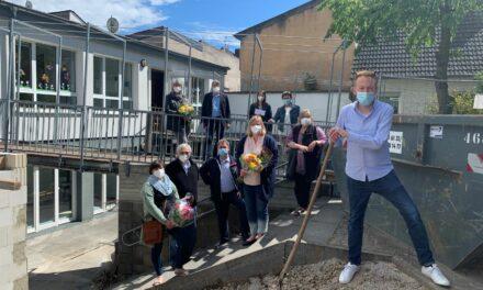 St. Kilian feiert mit Spatenstich die Erweiterung der Kita