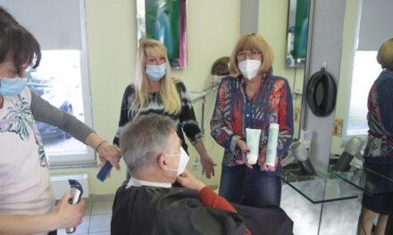 """<span class=""""entry-title-primary"""">Für die Kunden die besten Frisuren, für die Umwelt mehr Schutz</span> <span class=""""entry-subtitle"""">Das Haarstudio Braun-Fricke in Laubenheim sorgt für Wohlfühlerfahrung in Corona-Zeiten</span>"""