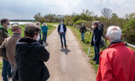 Austausch mit Naturschützern zur Bauschheimer Sanddüne am Neubaugebiet Eselswiese