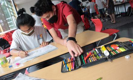 """<span class=""""entry-title-primary"""">""""Partner der Schulen in der Pandemie""""</span> <span class=""""entry-subtitle"""">Lernnachteile ausgleichen: Kreis stellt Fördergelder für den Unterricht zur Verfügung</span>"""