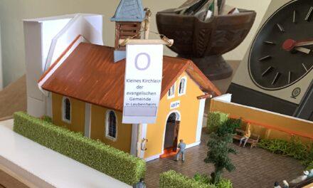 """<span class=""""entry-title-primary"""">Tolles Geschenk an die evangelische Kirche</span> <span class=""""entry-subtitle"""">Dauerleihgabe an """" 's kleine Museum"""" in der Laubenheimer Ortsverwaltung</span>"""