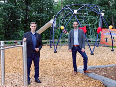 Blaue Variante gewinnt: Kinder haben über Spielplatzgestaltung im Eichengrund abgestimmt