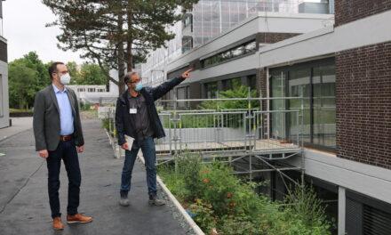 Gelungene Fassadensanierung an der Alexander-von-Humboldt-Schule