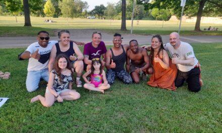 """<span class=""""entry-title-primary"""">Capoeira-Workshop im Volkspark erfolgreich umgesetzt</span> <span class=""""entry-subtitle"""">Capo, Professor Borracha, der """"Gummimann"""" erweckte den traditionellen brasilianischen Capoeira-Tanz zu neuem Leben</span>"""