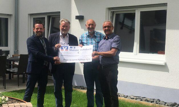 Spende Architekt Andreas Horn an den Kasteler Krankenhaus-Verein (KKV)