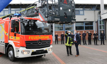 Neues Drehleiterfahrzeug für die Rüsselsheimer Feuerwehr