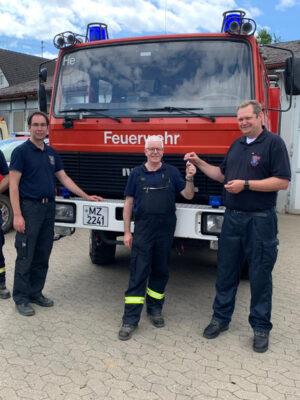 Feuerwehr Mainz unterstützt Landkreis Ahrweiler und überlässt Löschgruppenfahrzeug