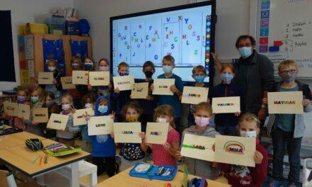 """<span class=""""entry-title-primary"""">Kinder malen am Weltkindertag</span> <span class=""""entry-subtitle"""">Verbandsgemeinde Bodenheim unterstützt Projekt von Eckhard Meier-Wölfle an der Grundschule Lörzweiler </span>"""