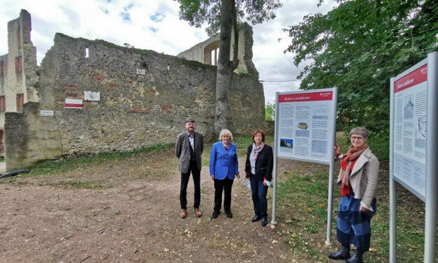 Burgruine: Touristische Aufwertung dank neuer Infotafeln