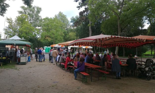 """<span class=""""entry-title-primary"""">Parkfest der Laubenheimer CDU</span> <span class=""""entry-subtitle"""">Gute Tradition wird fortgesetzt</span>"""