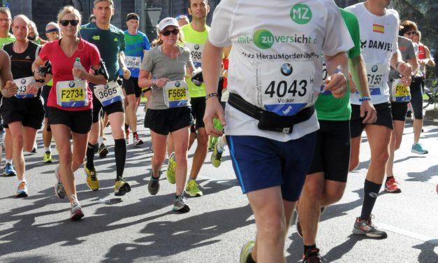 """<span class=""""entry-title-primary"""">Über 42 Kilometer durch Berlin – mit Zuversicht</span> <span class=""""entry-subtitle"""">Die besten Marathon-Läufer der Welt gingen in Berlin an den Start – und Volker Abel aus Lörzweiler war dabei.</span>"""