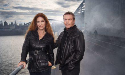 """Autoren-Duo liest aus dem Thriller """"Invisible"""""""
