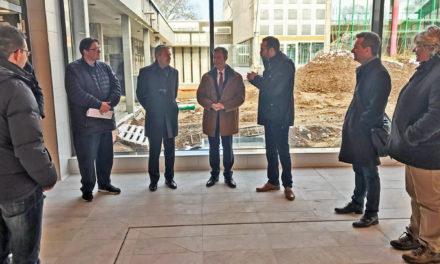Landrat Michael Cyriax informierte sich über neues Lachebad