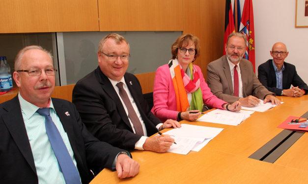 Vertrag zur Deichsanierung unterzeichnet