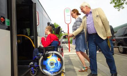 Hofheims Bushaltestellen werden barrierefrei – Vorteile für Fahrgäste