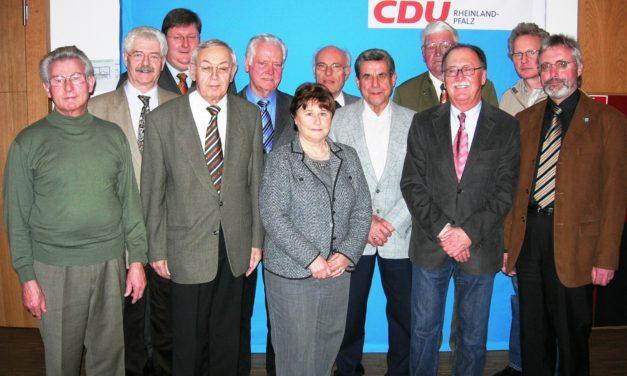 """<span class=""""entry-title-primary"""">Große Verdienste für die CDU Bodenheim</span> <span class=""""entry-subtitle"""">Christdemokraten ehren langjährige Mitglieder</span>"""