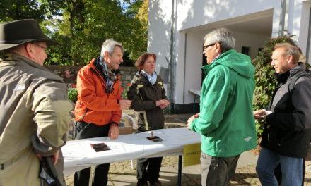 """<span class=""""entry-title-primary"""">900 Wanderer und Weinliebhaber unterwegs</span> <span class=""""entry-subtitle"""">28. Zwiebelkuchenwandertag der Verbandsgemeinde Bodenheim </span>"""