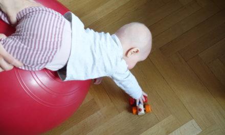 """Zertifizierte Kursleiterinnen für """"Babys in Bewegung"""""""