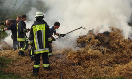 Strohballen-Brand in Wallau