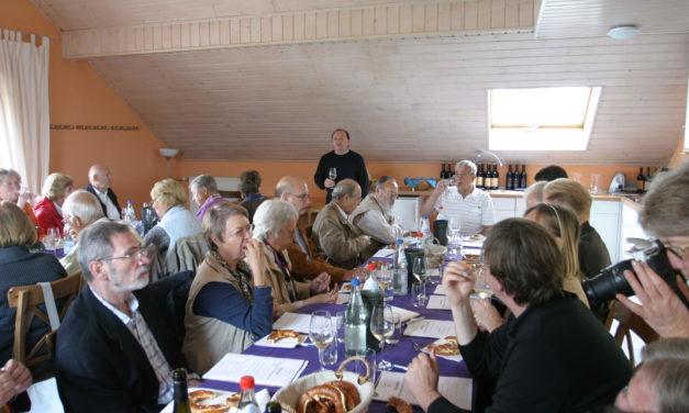 """<span class=""""entry-title-primary"""">Wein, Kultur und Historie erlebt</span> <span class=""""entry-subtitle"""">Mitglieder des Weinfreundeskreises Hochheim besuchten den Kraichgau</span>"""