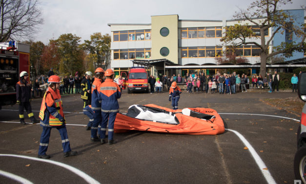 """<span class=""""entry-title-primary"""">Jugendfeuerwehr Mainspitze: Abschlussübung</span> <span class=""""entry-subtitle"""">x</span>"""