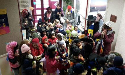 Kinder erstürmen das Gustavsburger Rathaus