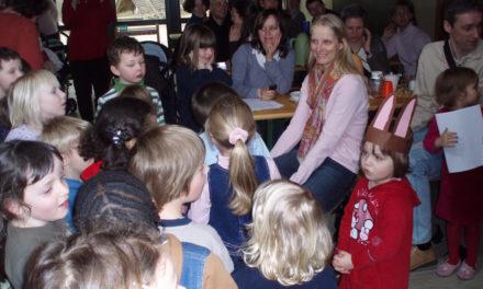 """<span class=""""entry-title-primary"""">Singen auf einer Blumenwiese</span> <span class=""""entry-subtitle"""">Osternachmittag in der Kita MinniMax</span>"""