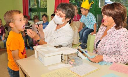 """<span class=""""entry-title-primary"""">MTK-Zähne schneiden besonders gut ab</span> <span class=""""entry-subtitle"""">Overdick zieht positive Bilanz der Arbeit für die Mundgesundheit bei Schülern</span>"""