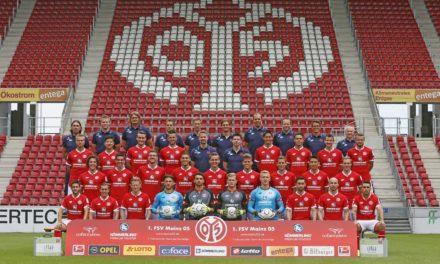 Aufstellung Mannschaftsfoto 1. FSV Mainz 05 2015/2016