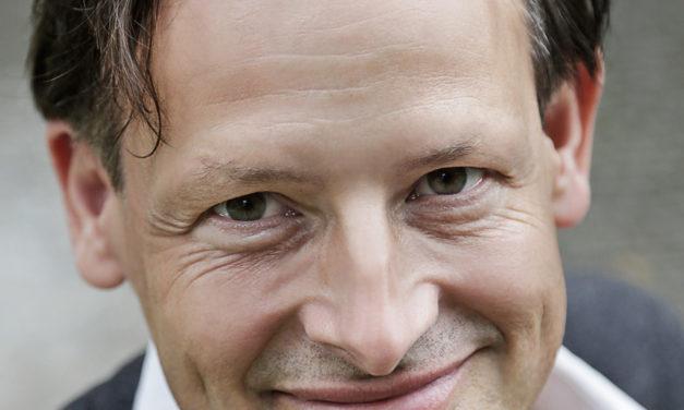 "<span class=""entry-title-primary"">Schack Bekker ermittelt auf dem Rhein</span> <span class=""entry-subtitle"">Krimilesung mit Peter Jackob</span>"
