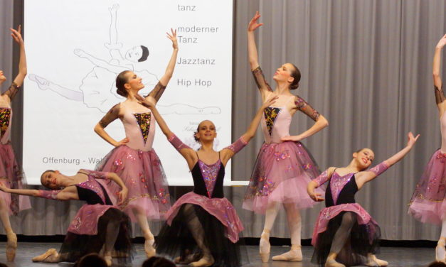 """<span class=""""entry-title-primary"""">Großen Jubel und gebührenden Applaus erhielten die Schülerinnen von der Ballettschule """"Star Ballet"""" am Ballettwettbewerb in Offenburg</span> <span class=""""entry-subtitle"""">X</span>"""
