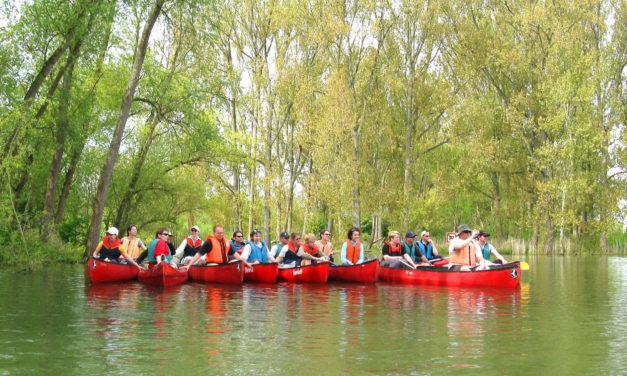 """<span class=""""entry-title-primary"""">Entspannung und Erholung auf dem Wasser</span> <span class=""""entry-subtitle"""">Kanu-Schnupperkurs vom 25. bis 27. April</span>"""