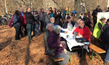 Beeindruckendes Solidaritätskonzert bei den Waldbesetzern