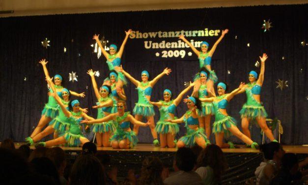 """<span class=""""entry-title-primary"""">KCU-Ballett veranstaltet 1. Showtanzturnier</span> <span class=""""entry-subtitle"""">Neulinge erreichen 8. Platz</span>"""
