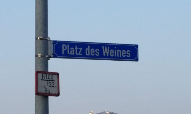 """<span class=""""entry-title-primary"""">Des einen Freud, des anderen Leid</span> <span class=""""entry-subtitle"""">Deutsches Weininstitut zieht am 1. April nach Bodenheim</span>"""